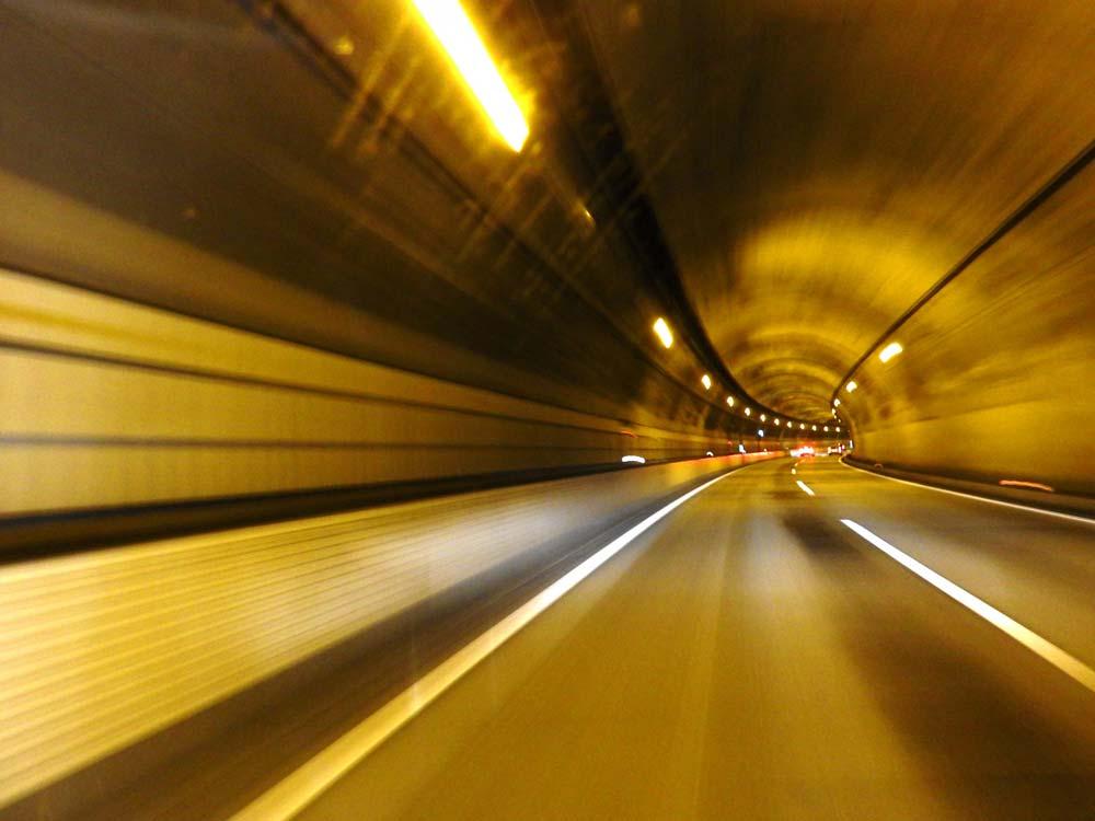トンネルビジョン