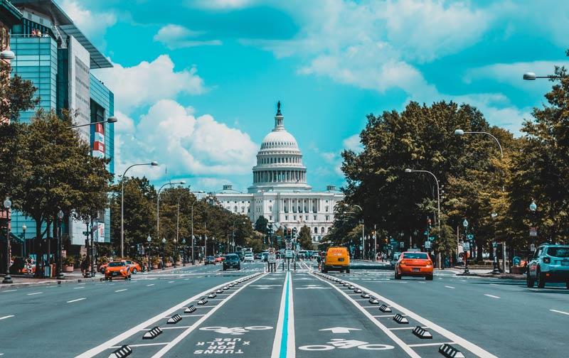 ワシントンDCの中心に位置するホワイトハウス